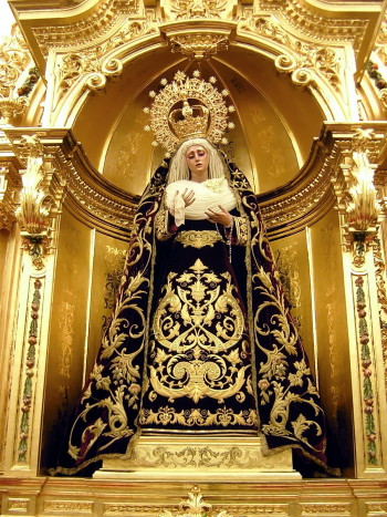 Virgen altar