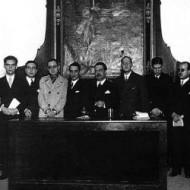 Celebración del tricentenario de Góngora en el Ateneo de Sevilla. Considerada la consagración de la generación del 27